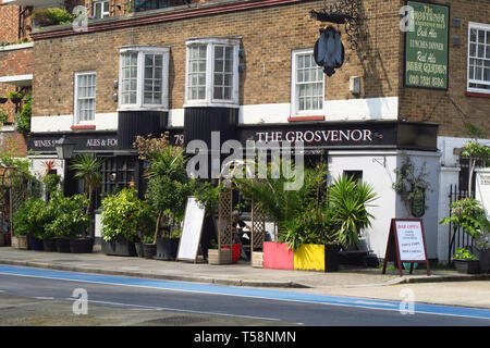 The Grosvenor public house, Grosvenor Road, Pimlico, London - Stock Image