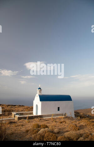Greece, Cyclades islands, Serifos, Traditional White Washed church - Stock Image