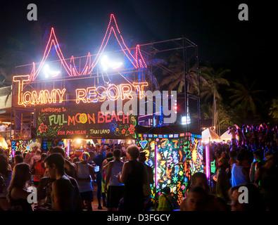 Tommy Resort Full Moon Party on Haad Rin Koh Phangan Thailand - Stock Image