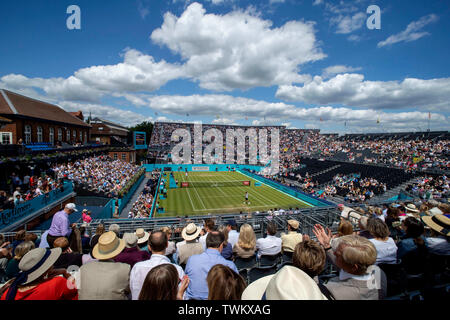 Queen Club, London, UK. 21st June, 2019. The ATP Fever-Tree Tennis Tournament; Queens Club starts to fill with fans watching Diego Schwartzman (ARG) in action against Daniil Medvedev (RUS) Credit: Action Plus Sports/Alamy Live News - Stock Image