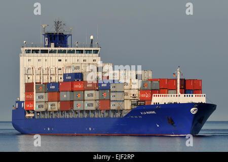 Feedervessel A La Marine inbound Kiel Fjord - Stock Image