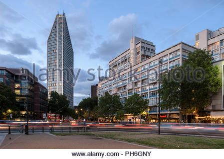 Two Fifty One, Elephant and Castle - Stock Image