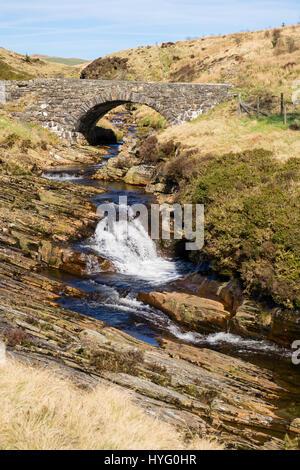 Old Pont y Gain bridge over Afon Gain River in southern Snowdonia National Park. Bronaber, Trawsfynydd, Gwynedd, - Stock Image