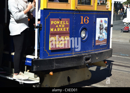 San Francisco cable car, Powell and Market, San Francisco - Stock Image