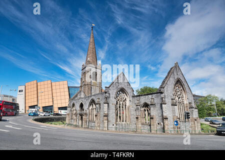 2 June 2018: Plymouth, Devon - The ruined Charles Church and Drake Central Shopping Mall. - Stock Image