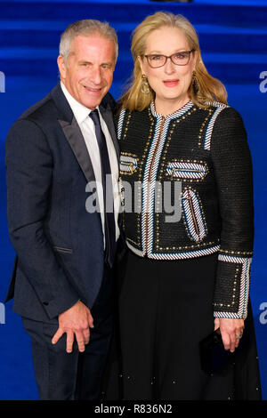 London, UK. 12th December, 2018. Meryl Streep and Marc Platt at the European Premier of Mary Poppins Returns on Wednesday 12 December 2018 held at The Royal Albert Hall, London. Pictured: Meryl Streep, Marc Platt. Credit: Julie Edwards/Alamy Live News - Stock Image