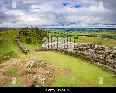 Hadrian's Wall in Northumberland, UK, at Walltown Crags. - Stock Image