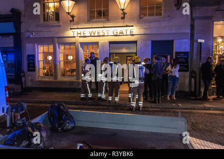Bath Somerset UK, 24th November 2018  Fire crew preparing to enter the Wesgate Public house in Bath in response to fire  Credit Estelle Bowden/Alamy Live News - Stock Image
