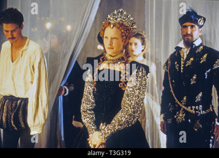ELIZABETH 1998 PolyGram film with Cate Blanchett as Queen Elizabeth I, Joseph Fiennes at left as Robert Dudley, Earl of Leicester and Eric Cantona as Monsieur de Foix - Stock Image