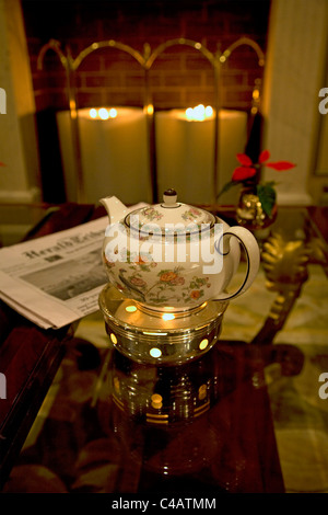 Moscow, Russia; A teapot in one of the luxury hotels just off red square - Stock Image