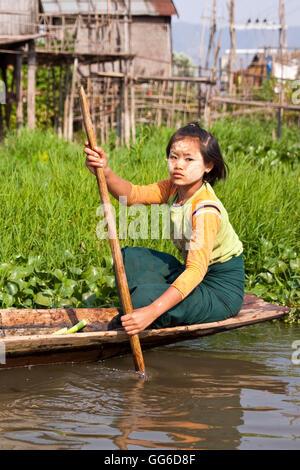 geography / travel, Myanmar, Lake Inle, freshwater lake in the Shan State, one-legged rower, - Stock Image