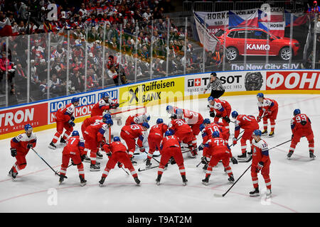 Bratislava, Slovakia. 17th May, 2019. Czech National Ice-hockey men´s Team prior to the Ice Hockey World Championships group B match between Czech Republic and Italy in Bratislava, Slovakia, May 17, 2019. Credit: Vit Simanek/CTK Photo/Alamy Live News - Stock Image