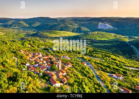 View of Crni Kal village in Slovenia - Stock Image