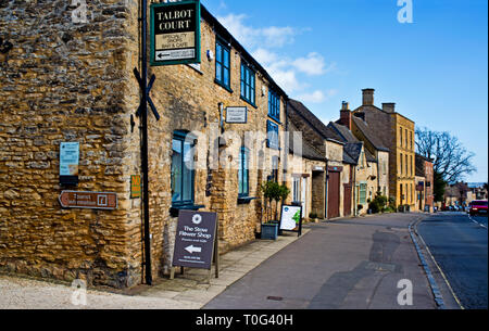 Stow on the Wold, Cotswolds, Talbot Court, Gloucestershire, England - Stock Image