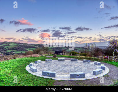 Wirksworth, Derbyshire, UK. 27th Jan, 2019. UK Weather: Skys clear as the sun sets over the StarDisc at Wirksworth before temperatures are due to drop. Wirksworth, Derbyshire Dales. Credit: Doug Blane/Alamy Live News - Stock Image