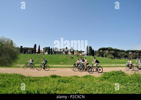 italy, rome, circus maximus, cycling - Stock Image