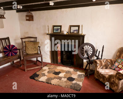 RS 8064  Crebbin's Cottage, Cregneash, Isle of Man, UK - Stock Image