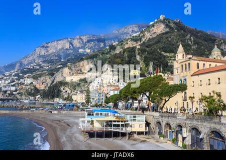 Beach in spring sun, Amalfi, Amalfi Coast, UNESCO World Heritage Site, Campania, Italy, Europe - Stock Image