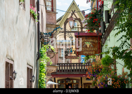 Streets in Riquewihr, Haut-Rhin, Alsace, Voges, France. - Stock Image