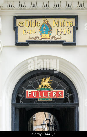 Sign for Ye Olde Mitre public house in Ely Court off Hatton Garden, London. - Stock Image