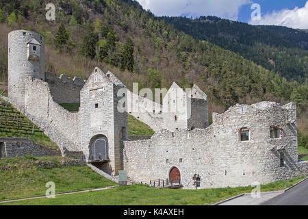 Mittelalterliche Grenzfestung Im Pustertal - Stock Image