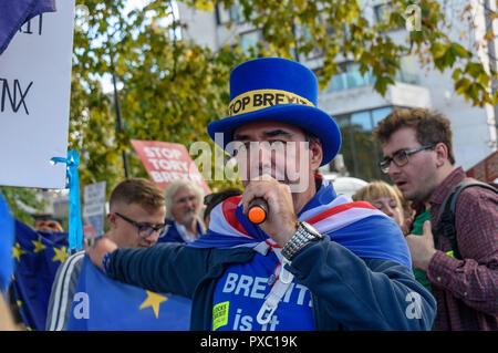 Stand of Defiance European Movement (SODEM) spokesperson and founder, Steven Bray, - Stock Image