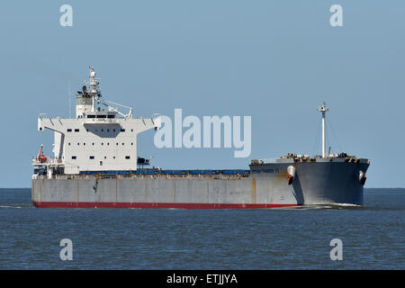 Epson Trader II passing Cuxhaven - Stock Image