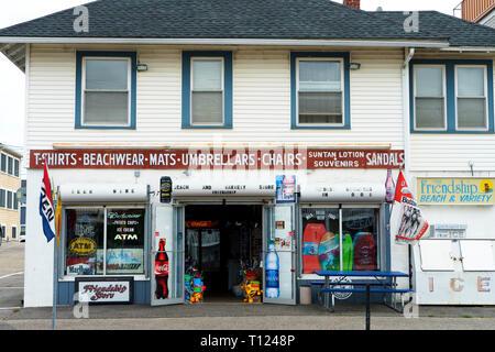 Small beachwear store, Old Orchard Beach, Maine, USA. - Stock Image