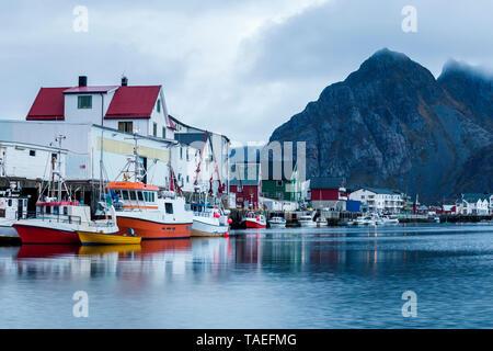 Norway, Lofoten Islands, Henningsvaer - Stock Image