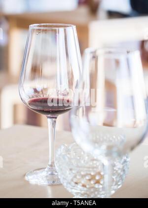 Wine tasting in Setugal wine region, Portugal - Stock Image