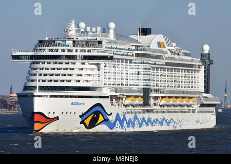 AIDAperla leaving Hamburg - Stock Image