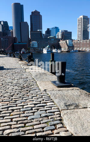 View of Boston's Financial District from the South Bay Harbour Trail, Boston, Massachusetts, USA. - Stock Image