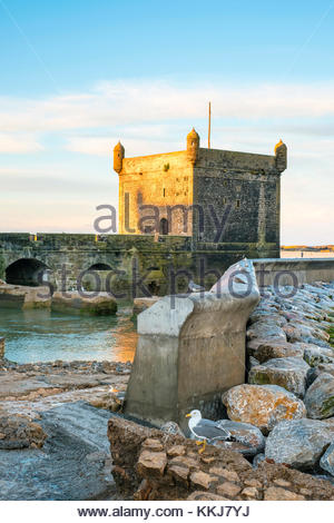 Morocco, Marrakesh-Safi (Marrakesh-Tensift-El Haouz) region, Essaouira. Skala du Port, 18th-century seafront ramparts - Stock Image