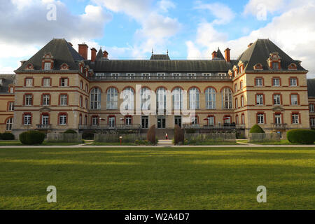 Cite Internationale Universitaire de Paris is a private park and foundation located in Paris, France. - Stock Image
