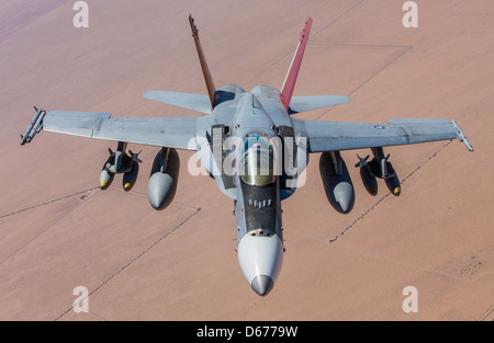 Maj. Clint Webber, the tactical aviation department head for Marine Aviation Weapons and Tactics Squadron 1, trains - Stock Image