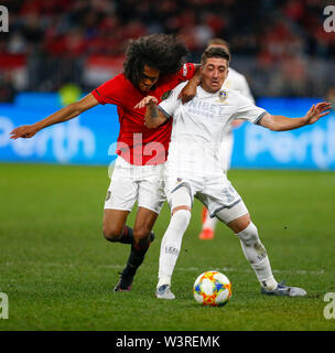 Optus Stadium, Burswood, Perth, W Australia. 17th July 2019. Manchester United versus Leeds United; pre-season tour; Pablo Hernandez of Leeds United holds off Tahith Chong of Manchester United Credit: Action Plus Sports Images/Alamy Live News - Stock Image