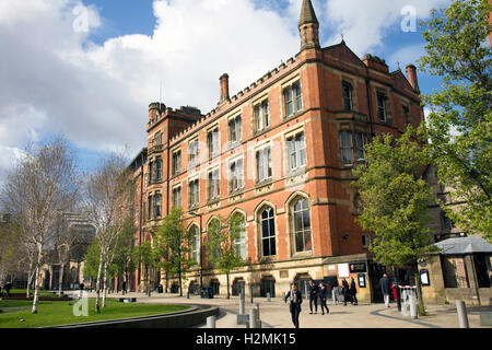 Chetham's School of Music and Library, Cathedral Gardens, Long Millgate, city centre, Manchester, UK - Stock Image