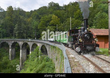 Steam Locomotive J-S 909 'Brünig' on the Blonay-Chamby Viaduct, Switzerland -1 - Stock Image