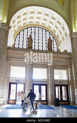 People exit Union Station, Washington D.C. - Stock Image