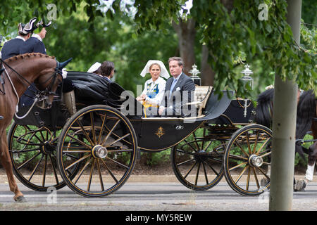 Stockholm, Sweden, June 6, 2018. The Swedish Royal Family celebrating the Swedish National Day in Stockholm. Princess Madeleine and Mr Christopher O´Neill Credit: Barbro Bergfeldt/Alamy Live News - Stock Image