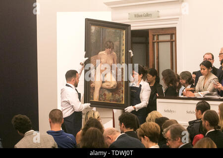 London UK. 19th June 2019. 'Nu assis, jambe pilée' by Pierre Bonnard,  oil on canvas, Estimate £800,000 which sold at hammer for £500,000 at the Impressionist & Modern Art Evening Auction  at Sotheby's London Credit: amer ghazzal/Alamy Live News - Stock Image