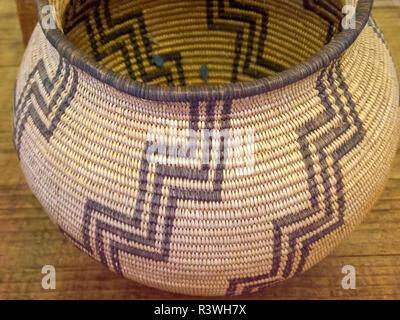 USA, Arizona, Wickenburg. Close-up of Chemehuevi basket. Credit as: Wendy Kaveney / Jaynes Gallery / DanitaDelimont.com - Stock Image
