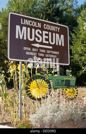 Sign for the Lincoln County Museum in Davenport, Washington State, USA. - Stock Image