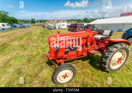A Renault N73 tractor from the 1960s exhibited at Holkham Country Fair in the grounds of Holkham Hall in North Norfolk. - Stock Image