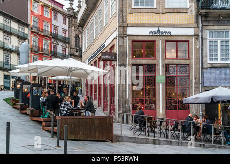 Restaurants and street cafes, Largo Sao Domingos, Oporto Appartments, Porto, Portugal - Stock Image