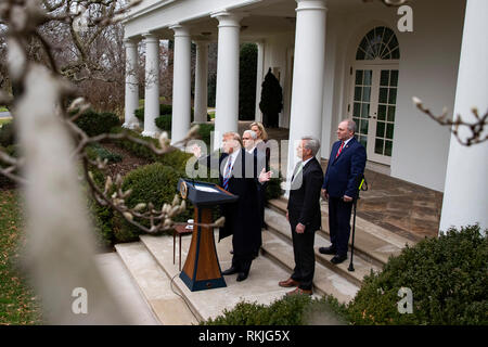 US President Donald Trump speaks to reporters in the Rose Garden of the White House on January 4, 2019. - Stock Image