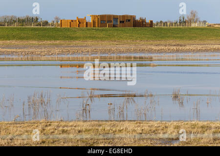 Polden bird hide at Steart Marshes, Somerset. - Stock Image