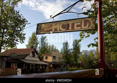 Road Sign to the Ma Johnson´s Hotel, McCarthy, Alaska - Stock Image