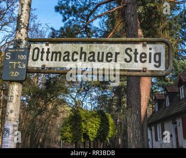 Krumme Lanke, Berlin, Germany. Ottmachauer Steig Street sign - Stock Image