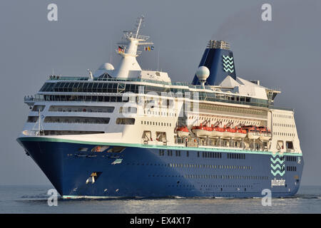 Cruiseship Empress - Stock Image